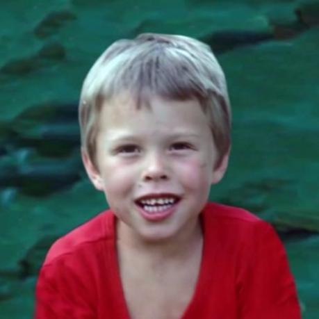 Childhood > Early Life > Elon Musk   @prithvi_c   MrOwl