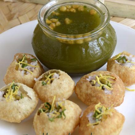 Pani Puri > Snack Items > Indian Cuisine | @prithvi_c | MrOwl