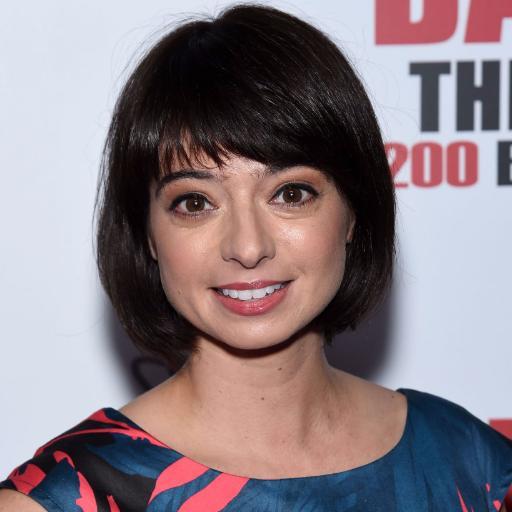 Kate Micucci The Big Bang Theory Tv Series At Prithvic Mrowl